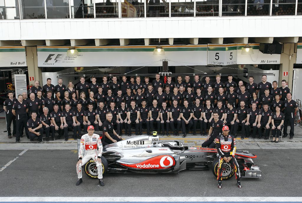 The McLaren team in zil – GRANDPRIX20.COM