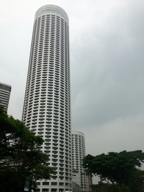 Singapore marina bay street circuit walk on normal days for Tallest hotel in singapore