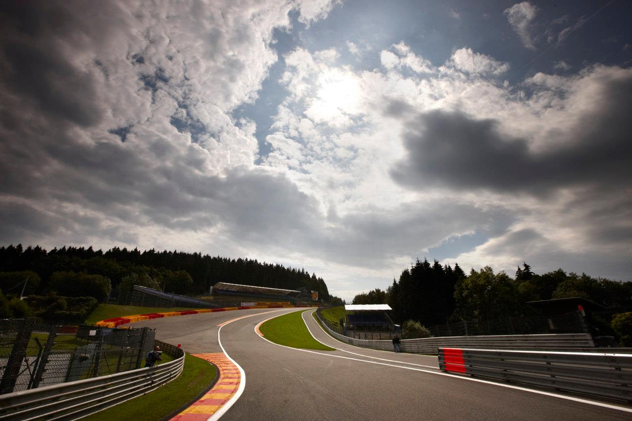 the circuit de spa francorchamps presents a spectacular challenge for both car and driver. Black Bedroom Furniture Sets. Home Design Ideas