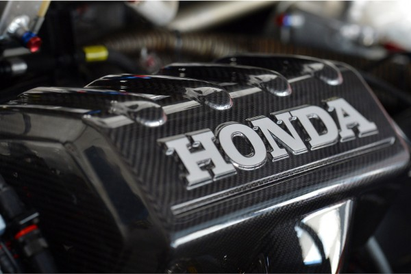 Honda-plans-supplying-F1-engines-to-multiple-teams-in-2016